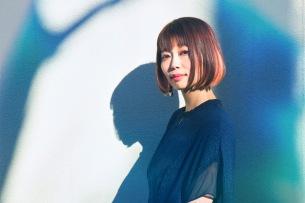 jizueのピアニストKie Katagi、凄腕ミュージシャン参加の「Synesthesia」3/20にリリース決定