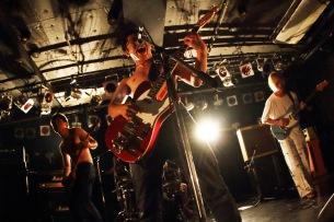 """フジロック「ROOKIE A GO-GO」に出演、ロックバンド""""突然少年""""が1stアルバムリリース"""