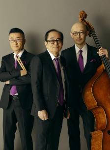 大野雄二率いるYUJI OHNO TRIO、トリオジャズ・シリーズの新作が5月22日に発売決定