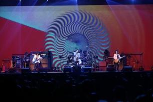 THE YELLOW MONKEY、『9999』の世界最速先行試聴会にメンバーがサプライズで登場し、まさかのアルバム全曲を生演奏