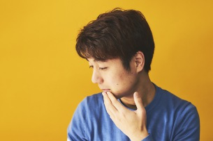 Kenmochi Hidefumi、9年ぶりのソロ活動再開、5月15日にアルバムをリリース