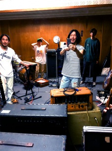 folk enough、3年振りフルアルバム『Lover ball』7/3発売