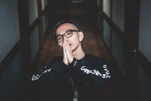 Moment Joon、新曲「令和フリースタイル」&「文藝」秋季号で自伝発表