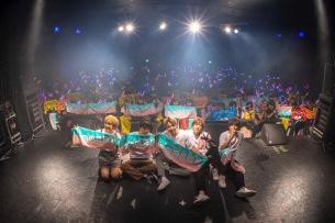CUBERS、満員の渋谷WWW Xで東名阪ツアー大団円―OTOTOYライヴレポ