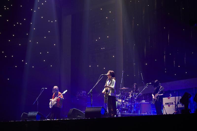 yonige、新曲も披露した初の武道館公演