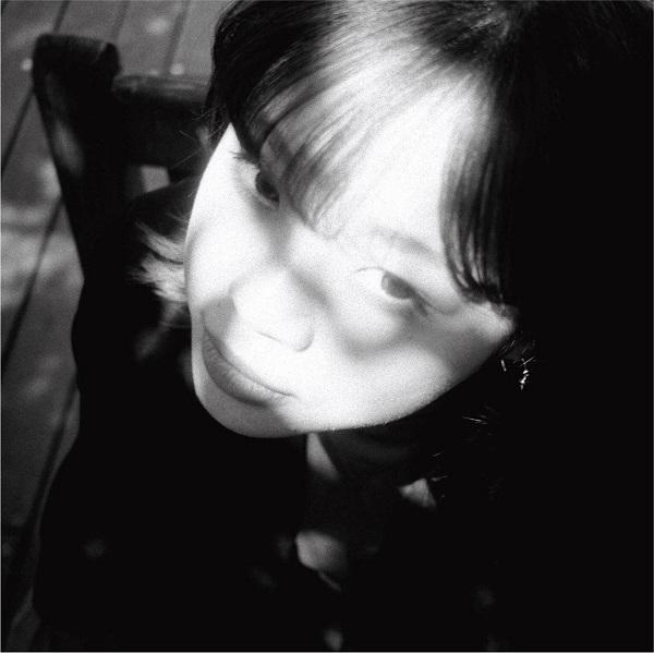 山﨑彩音、ニューアルバム 『LIFE』を10/30に発売