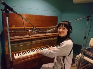 ピアノポップSSWのリカロープ、4年ぶりアルバム『ユーモラス』を9/25に発売