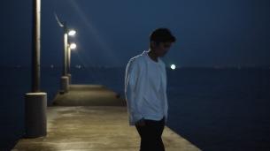 DedachiKenta、新作MV「Ambiguous」公開