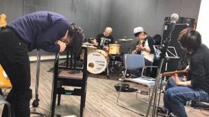 宮本浩次、本日公開映画「宮本から君へ」主題歌 「Do you remember?」のMV公開
