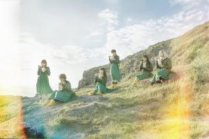 BiSH、アイナ作曲モモコ作詞による新曲「リズム」MVフル公開