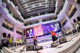 森口博子と鮎川麻弥の初コラボ曲、発売記念イベント開催