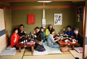 片想い、Vo.片岡シンの治療専念のため公演中止を発表