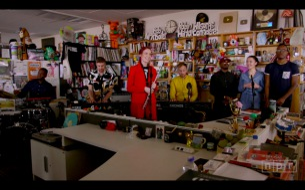 Moonchildが人気プログラム「Tiny Desk Concert」に登場