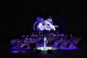 渋⾕慶⼀郎のアンドロイド・オペラ『Scary Beauty』初のUAE公演オフィシャル・レポート