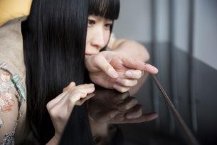 寺尾紗穂、3/4発売最新AL『北へ向かう』カヴァー・アート&最新アー写公開