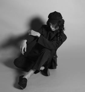 ドレスコーズ・志磨遼平、自身初のオールタイムベスト盤リリース