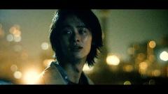 関取 花、メジャー2ndミニALのリード曲「逃避行」MV公開&配信開始