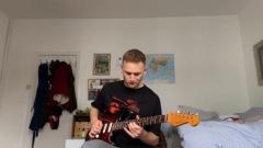 トム・ミッシュがニルヴァーナのあの名曲を弾いてみた?!