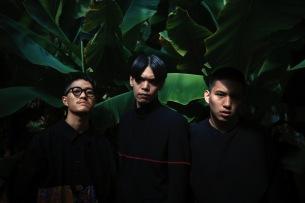 """Dos Monos、新MV""""スキゾインディアン""""公開"""