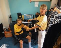 "SUSHIBOYSが新曲""おうち時間""のMVを公開"