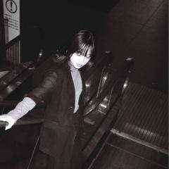 山﨑彩音、オーストラリアのSSW、Gena Rose Bruceとの7インチ&デジタル・スプリット・シングルリリース
