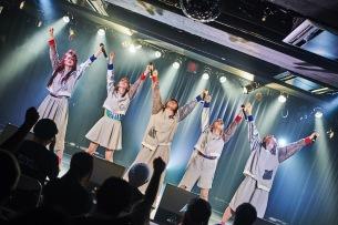 でかい未来をとらえた初ライヴ、PIGGS@渋谷O-nest!── OTOTOYライヴレポート