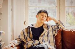 "Keishi Tanaka、""窓越し""に行なった自主企画[ROOMS]のライヴ映像公開"