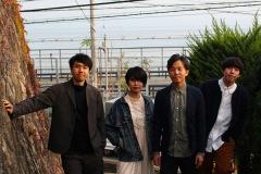 YMB、晩夏の海で撮影された シタンダリンタ監督の新作MV公開