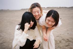 羊文学メジャーデビューアルバム『POWERS』12月9日(水)発売決定
