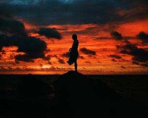青葉市子、ニューAL『アダンの風』リリースと活動10周年記念に初期名盤4タイトルの初LP化が決定