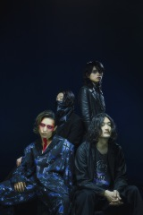 THE NOVEMBERS、今年5月リリースのNew AL『At The Beginning』再現ライヴ配信決定