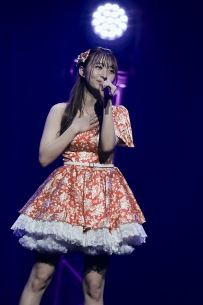 SUPER☆GiRLSの渡邉幸愛が来年6月でグループ卒業を発表