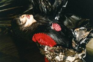 アイナ・ジ・エンド初ソロ・アルバム『THE END』付属、「AiNA WORKS」の収録曲公開