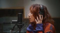 ファーストサマーウイカ、阿部真央作詞・作曲の「カメレオン」でソロメジャーデビュー
